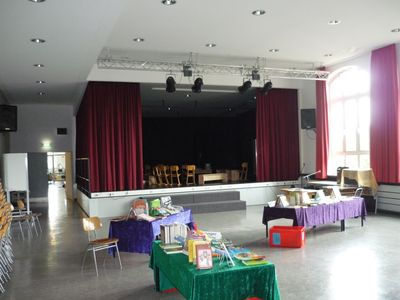 2010-09Schule-Aula-001k