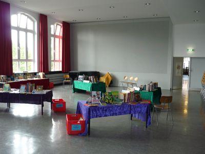 2010-09Schule-Aula-002k